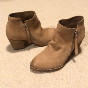 95bff1450ebb1f Sam Edelman Shoes - Sam Edelman Macon Ankle Bootie